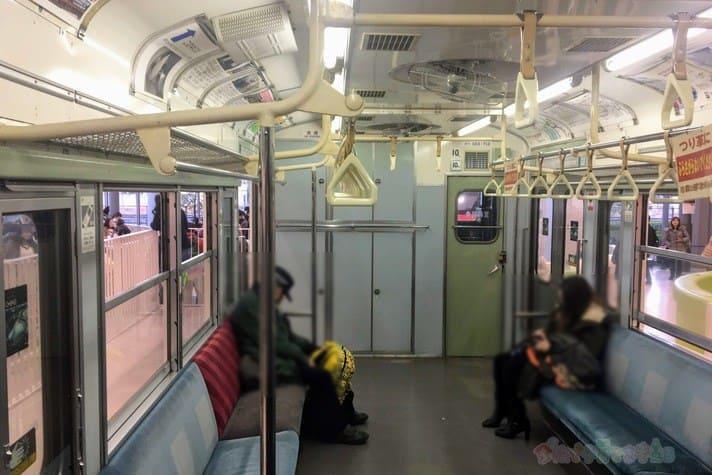 鉄道博物館(大宮)キッズプラザの電車内